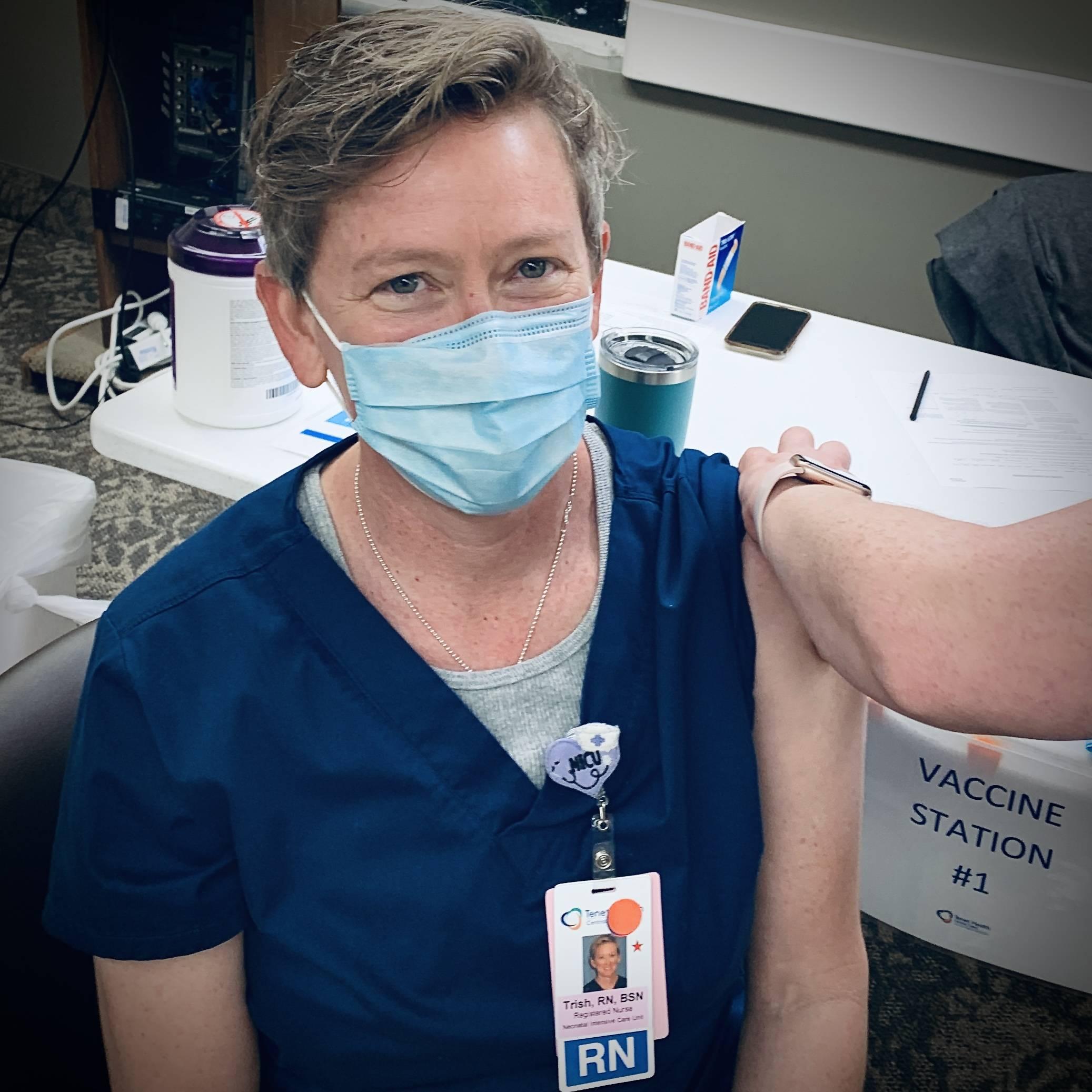 NICU nurse Trish Ringley gets covid coronavirus vaccine