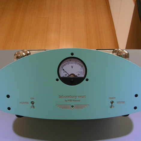 DYNACO BY WILL VINCENT....TIFFANY and CREAM.... METER FRONT, CARDAS