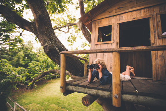 Monza - Our guide to building to the perfect tree house design explains everything you need to know, even if your garden is bare.