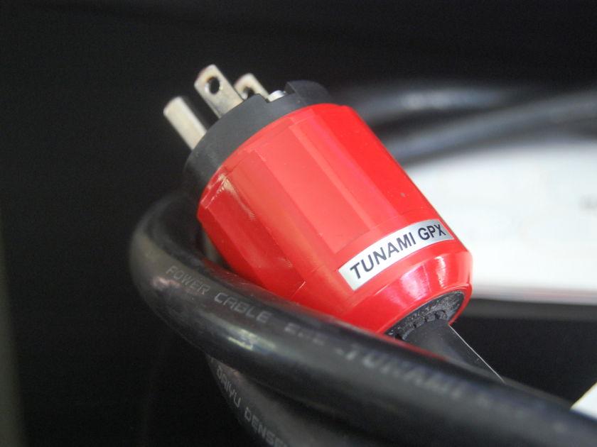 Oyaide Tunami GPX 1.8M Ultra pure copper power cable
