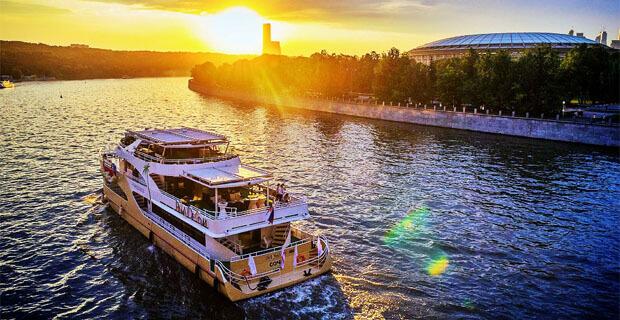 Радио ENERGY приглашает в круиз на яхте Palma de Сочи