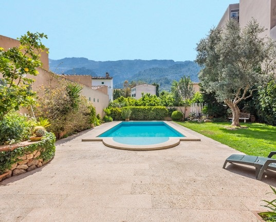 Puerto Andratx - High quality house for sale in sought after Sóller in Mallorca