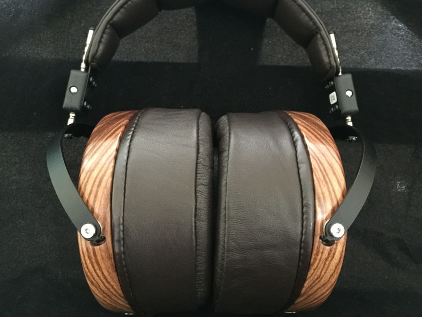 Audeze's  LCD3 Planar Magnetic Headphones FOR SALE MINT MINT CONDITION