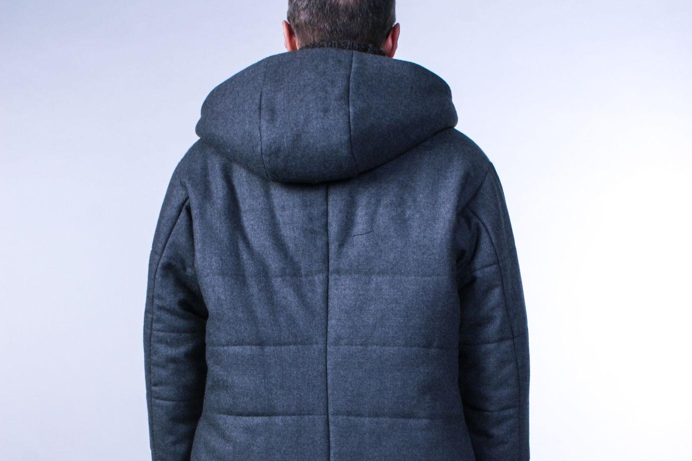 Зимнее шерстяное мужское пальто с капюшоном