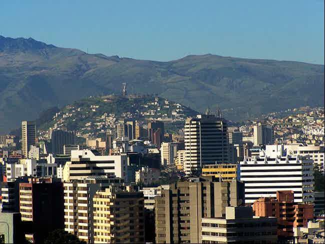 Desde Quito a Montañita-Montañita