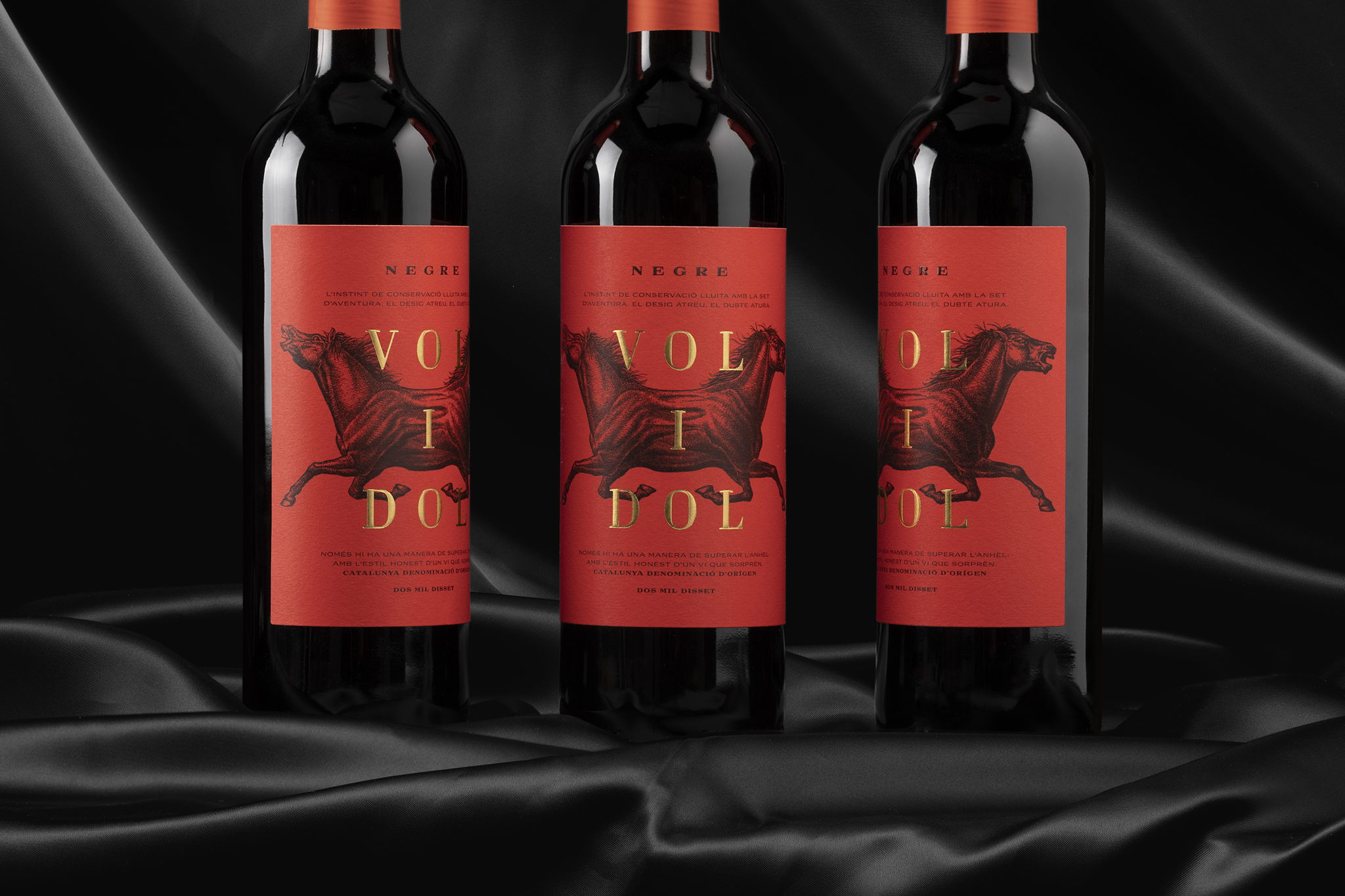 The Richness of This Wine Label Stands Out