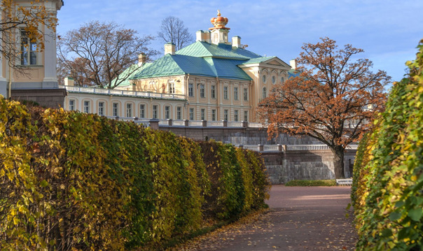Ораниенбаум. Меншиковский дворец, дворец Петра III (автобусная)