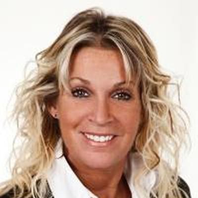 Manon De Montigny  Real estate agent RE/MAX ROYAL (JORDAN)