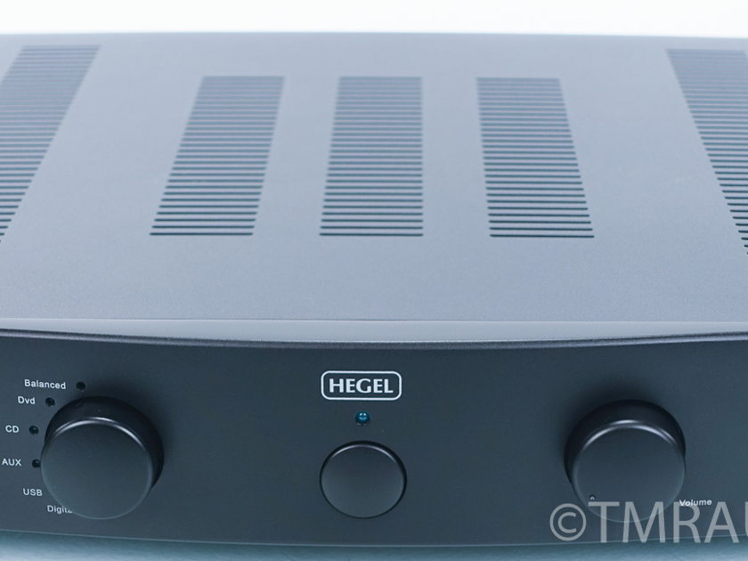 Hegel   H70  Integrated Stereo Amplifier (6999)