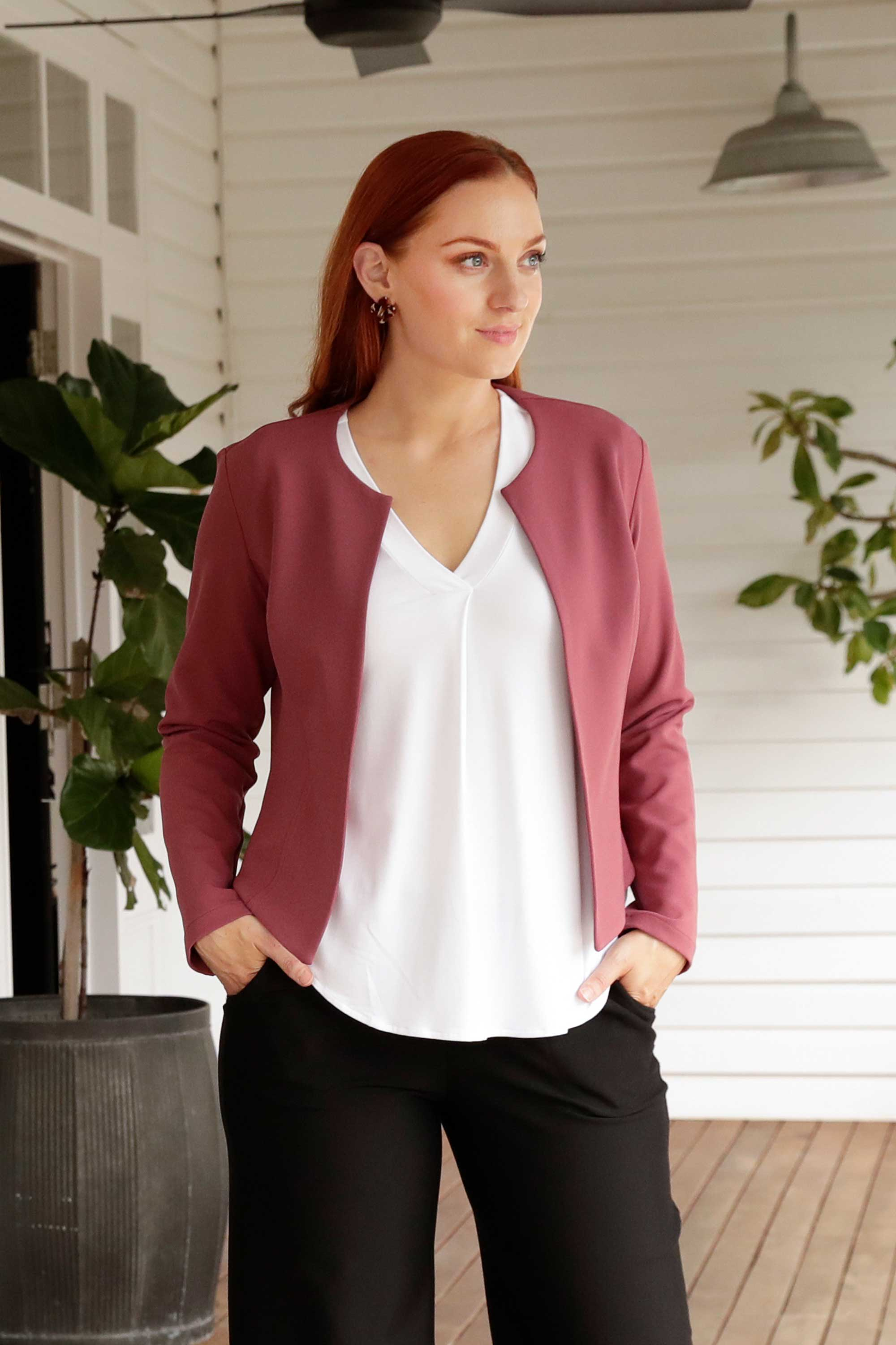Leina & Fleur Have Designed a Luxe Tailored Cut Jacket in Beautiful Pink Bombay. Leina & Fleur Are Proudly Australian Made and Carry Sizes 8 to 24.