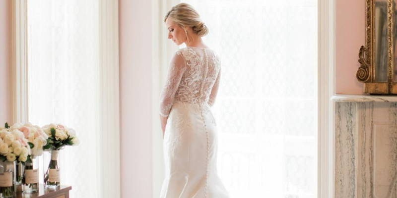 White Wedding Dresses and Other Dress-Buying Myths