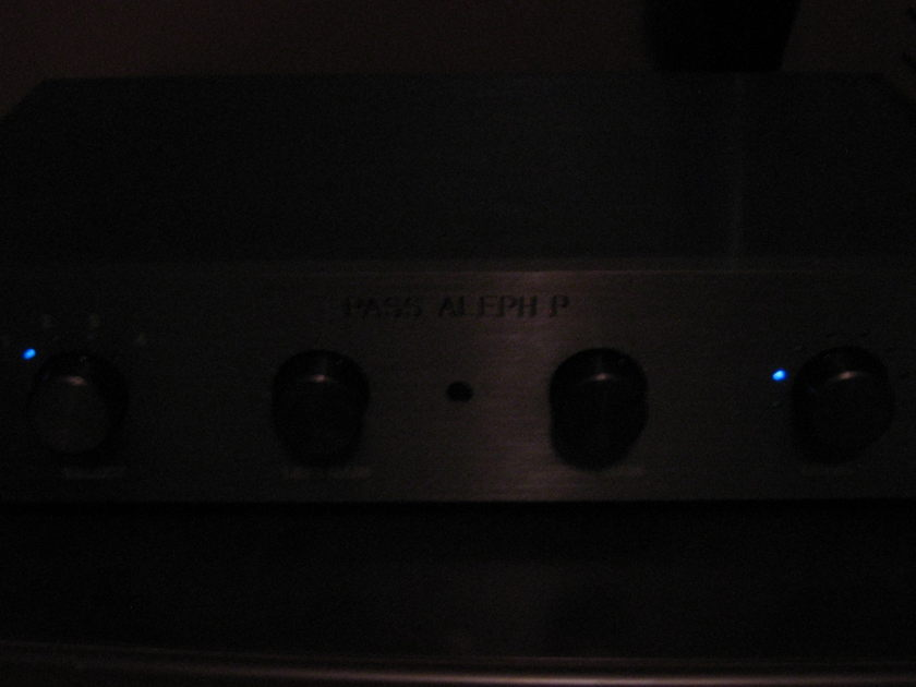 Pass Labs Aleph P Single-ended Class A Balanced Preamplifier