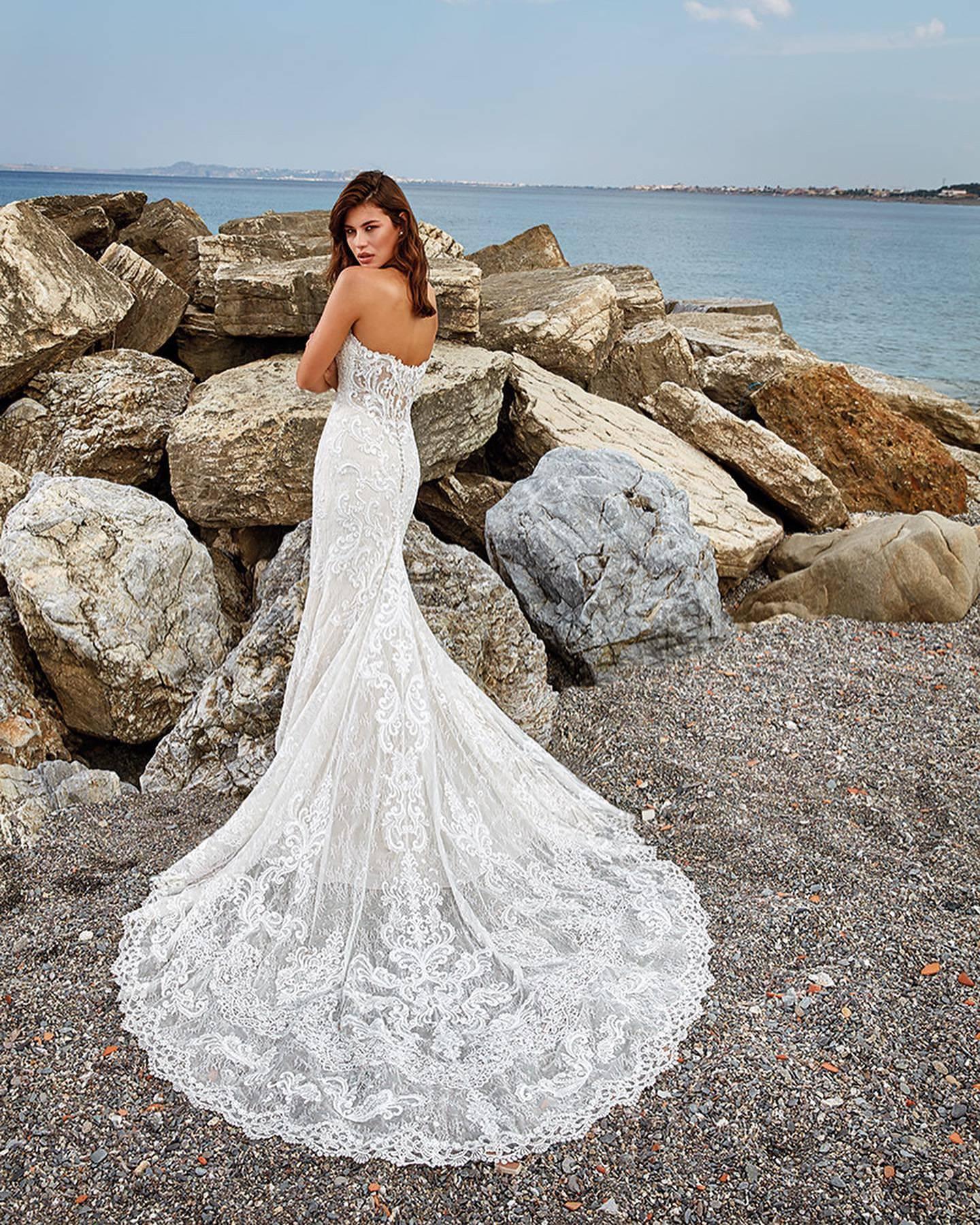 PRONOVIAS ARIEL WEDDING DRESS