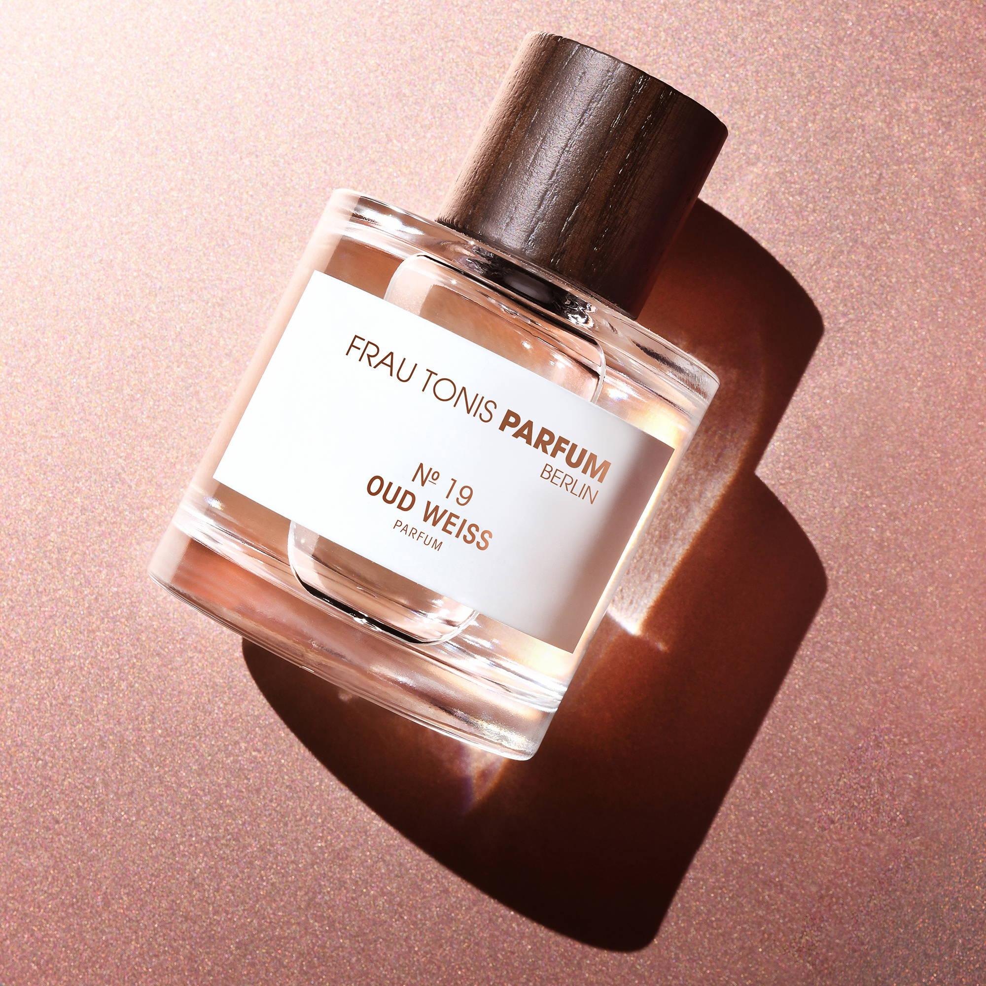 Frau Tonis - Berliner Parfum - Oud Weiss