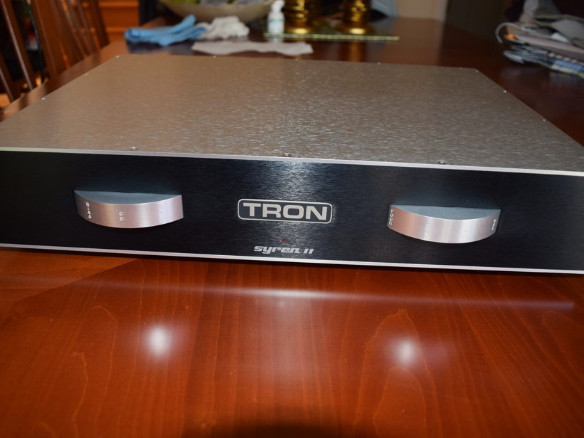 Tron Electric Syren II Ultimate Full-fuction tube preamplifier