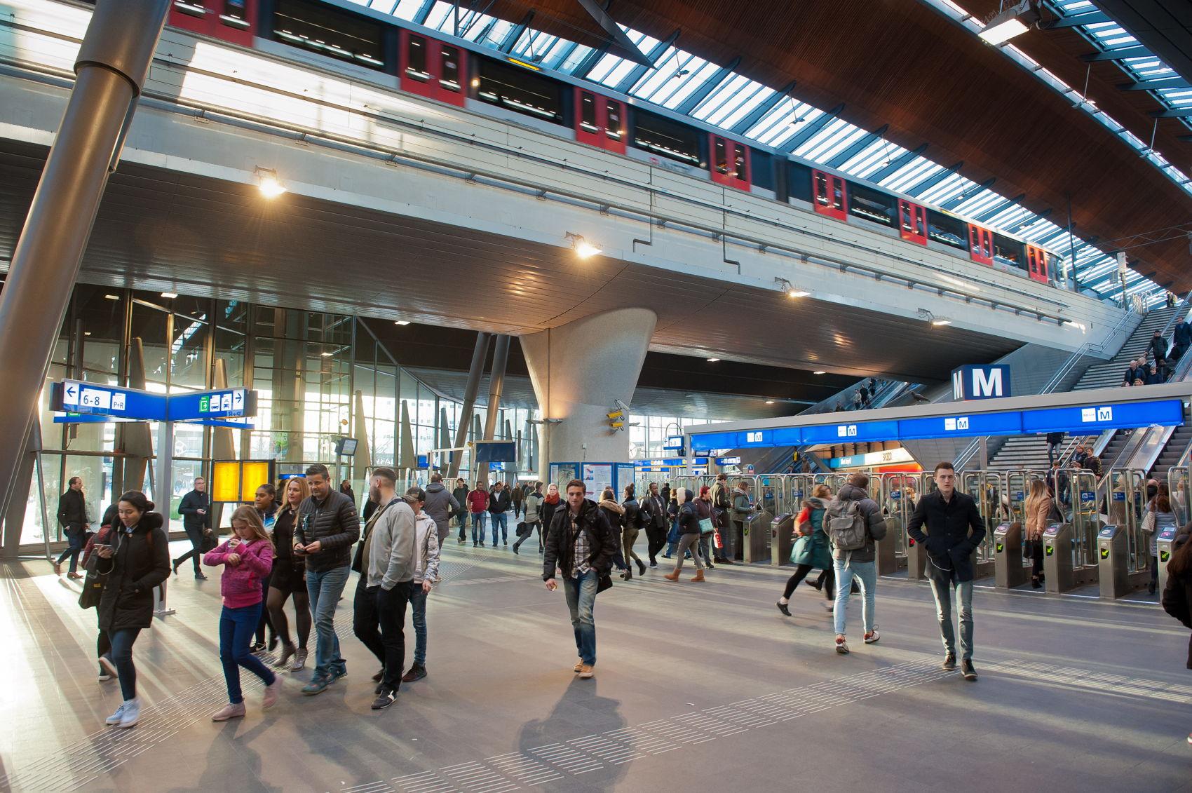 station bijlmer arena-7476