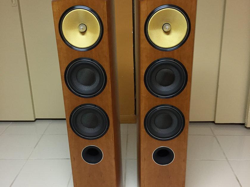 Bowers & Wilkins 804d B&W