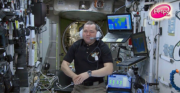 В эфире «Ретро FM» состоялся традиционный телемост с Международной космической станцией - Новости радио OnAir.ru