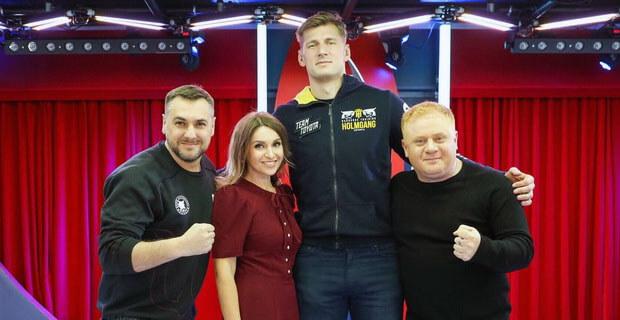 Александр Волков стал гостем утреннего шоу «Русские Перцы» на «Русском Радио» - Новости радио OnAir.ru