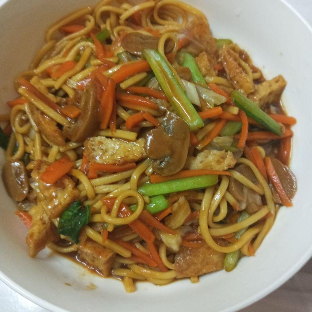 Braised longevity noodles 🍝 😃 super yummy 🤤
