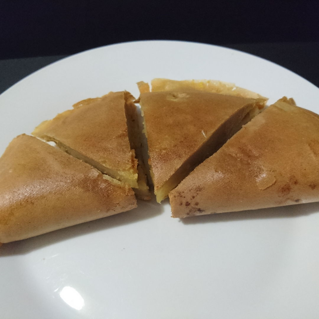 Date: 3 Nov 2019 (Sun) 7th Snacks: Apam Balik (Soft Pancake with Cream Corn and Peanuts) [84] [101.4%] [Score: 6.0]  The Guardian wasn't happy with this one at all!
