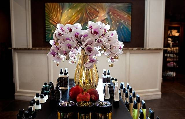 Del Monte Spa flowers photographed by Tammy Swales | Business to Business flower delivery