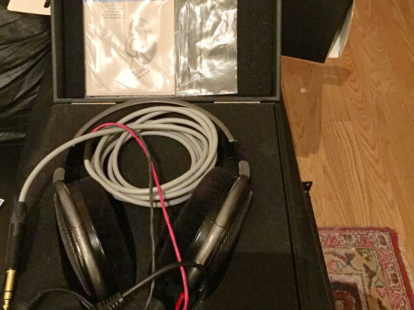 Sennheiser Electronics HD-650 With Cardas Cross Cable