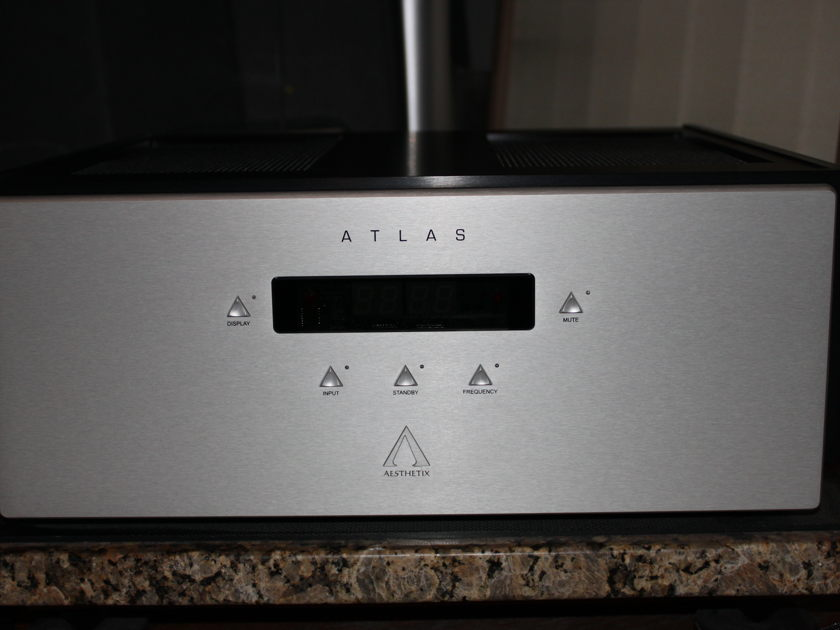 Aesthetix Atlas Signature Stereo Amplifier