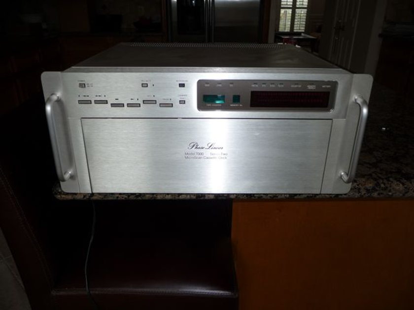 Phase Linear Model 7000 Series Two Cassette deck
