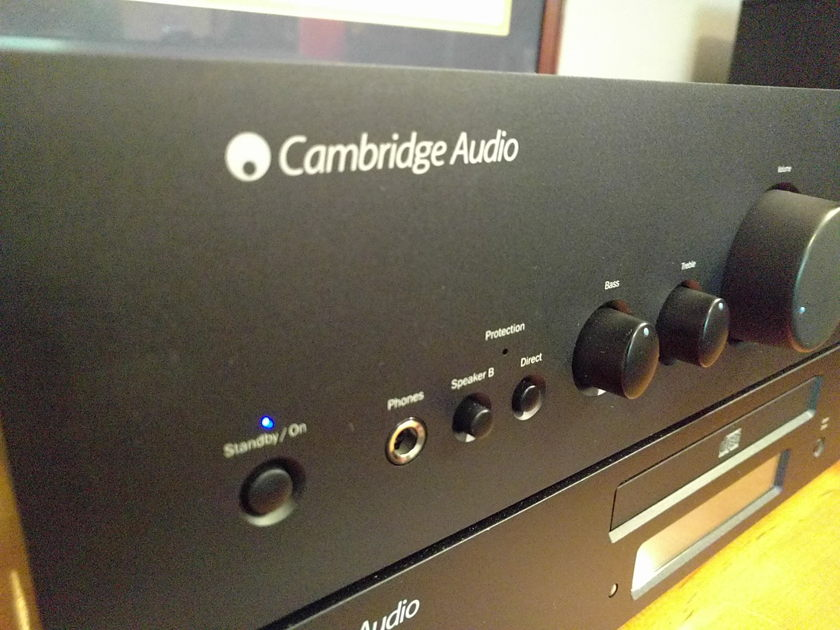 Cambridge Audio 640a Integrated Amplifier w/remote