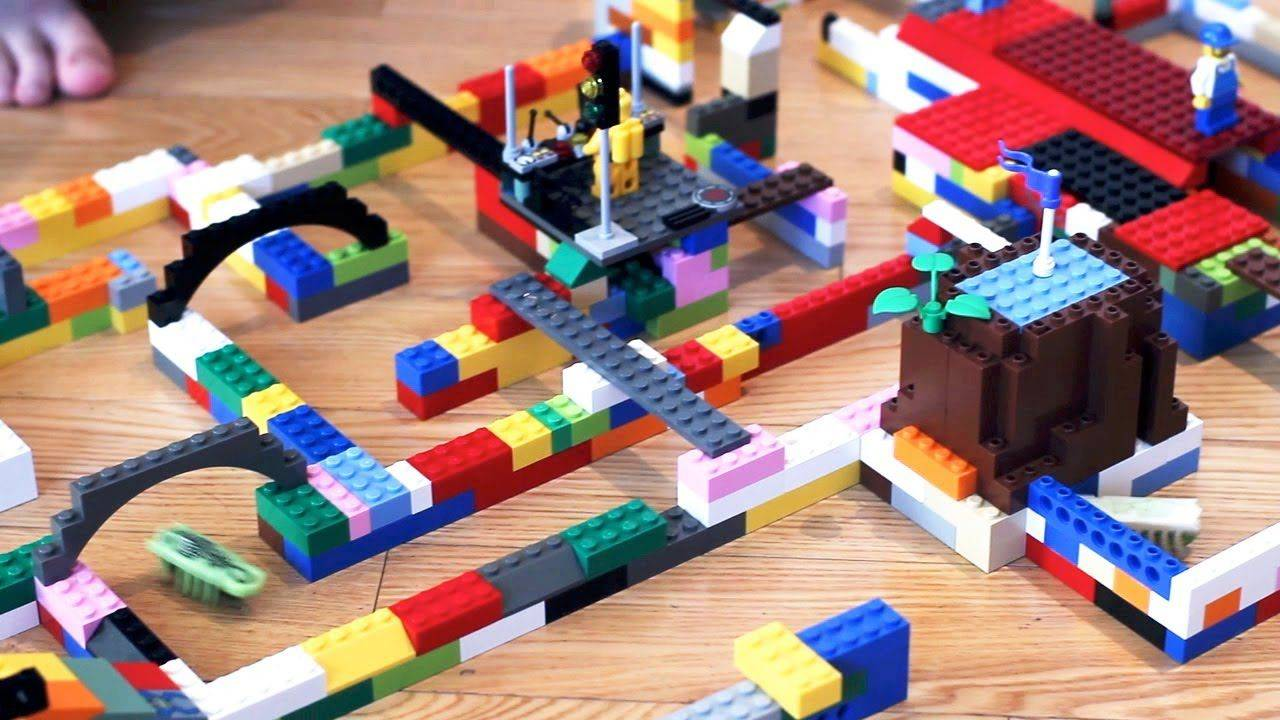 LEGO and Hex Bugs