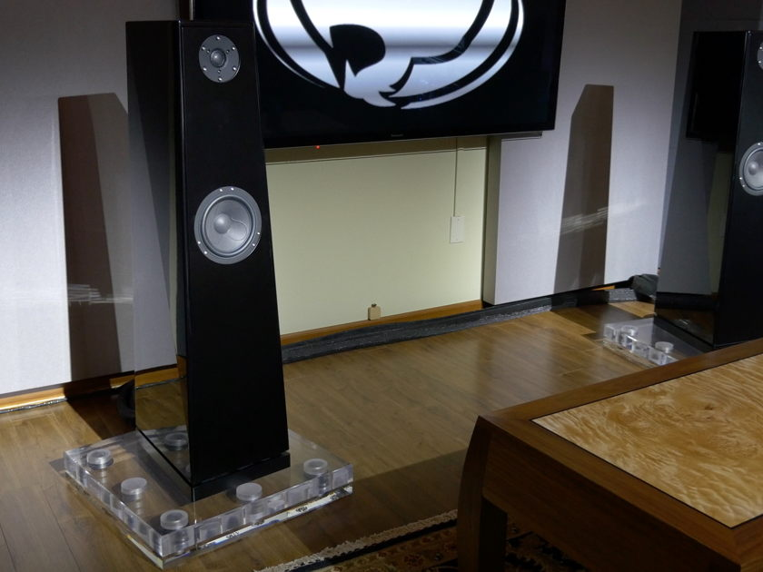 Duos Speakers, by Voce Audio -- The Ultimate Vocal Speaker! -- (Only 20 pairs in existence.)