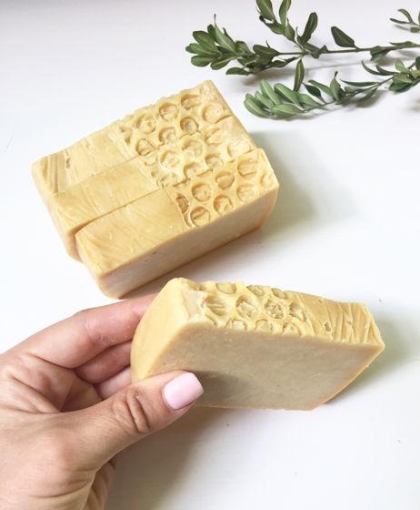 Медовое мыло ручной работы