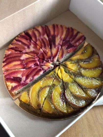Пирог с персиками и чаем маття /пирог со сливами и кардамоном- полностью веган
