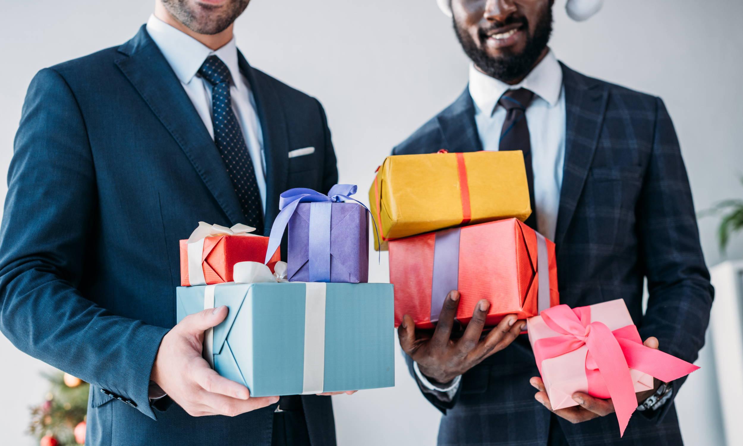 Groomsmen Gifts Guide