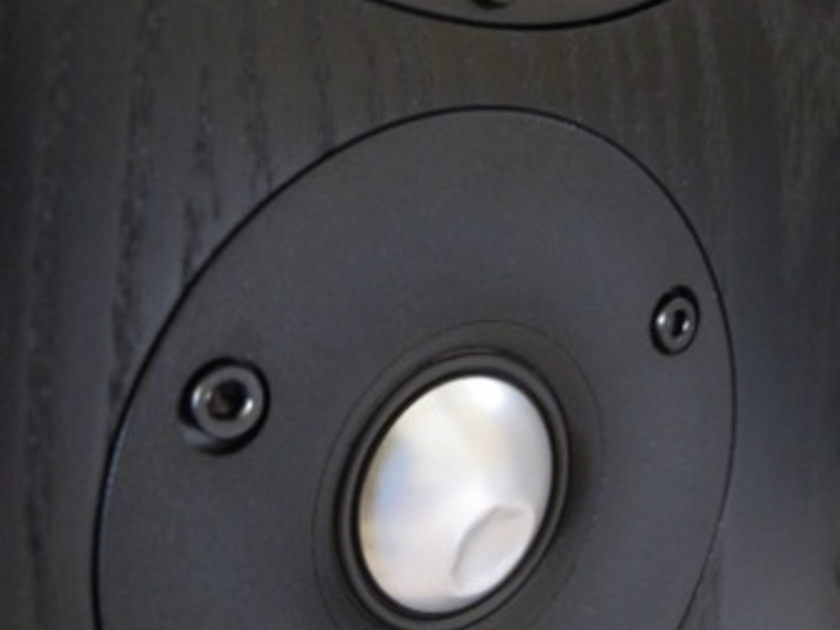 B&W DS8s 800 series surround speakers (4 of)