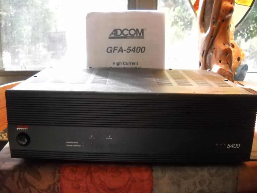 ADCOM GFA-5400 Solid State Amplifier