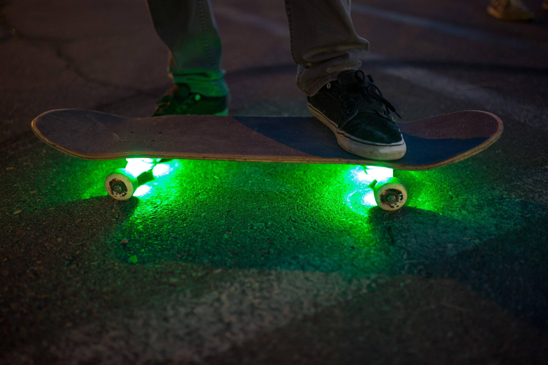 skateboard underglow light