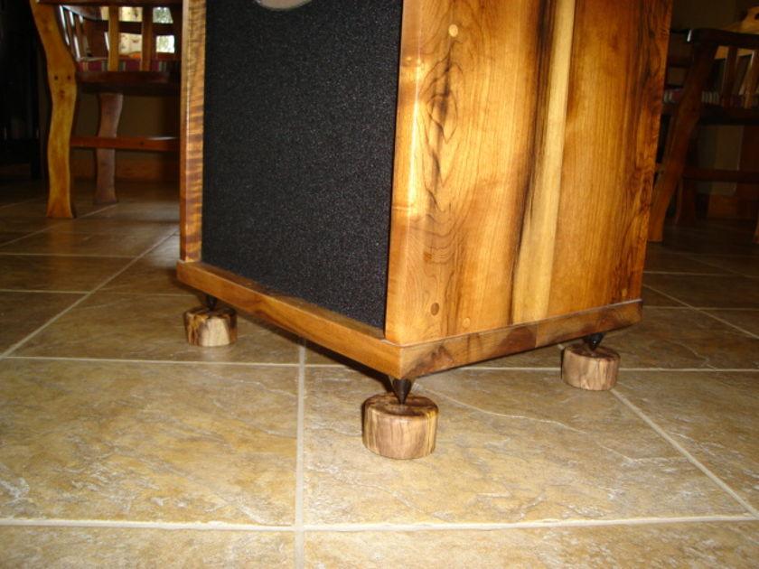 Waipuna Sound Myrtlefeet free myrtlewood switchplate