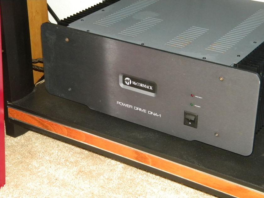 McCormack DNA-1 power amp