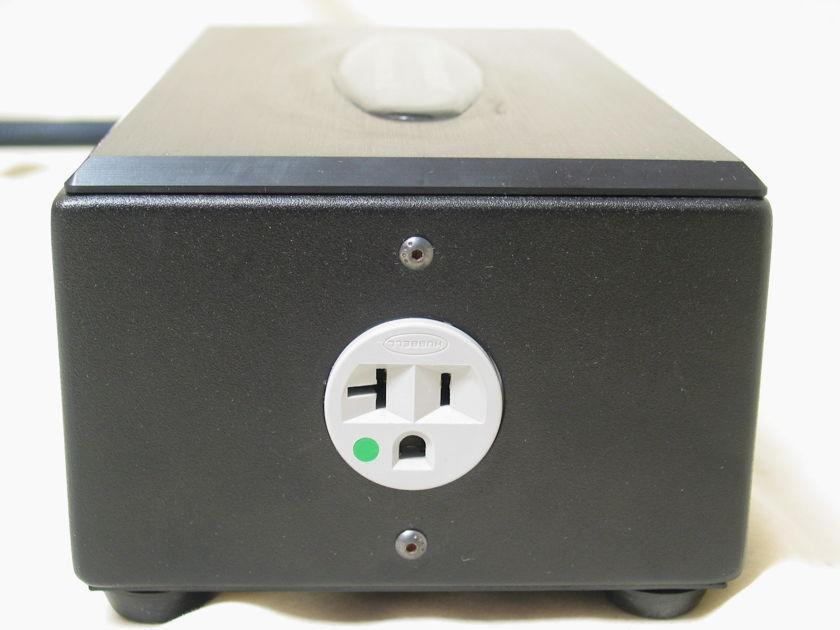Transparent Audio Power Isolator XL 120V 60Hz power conditioner