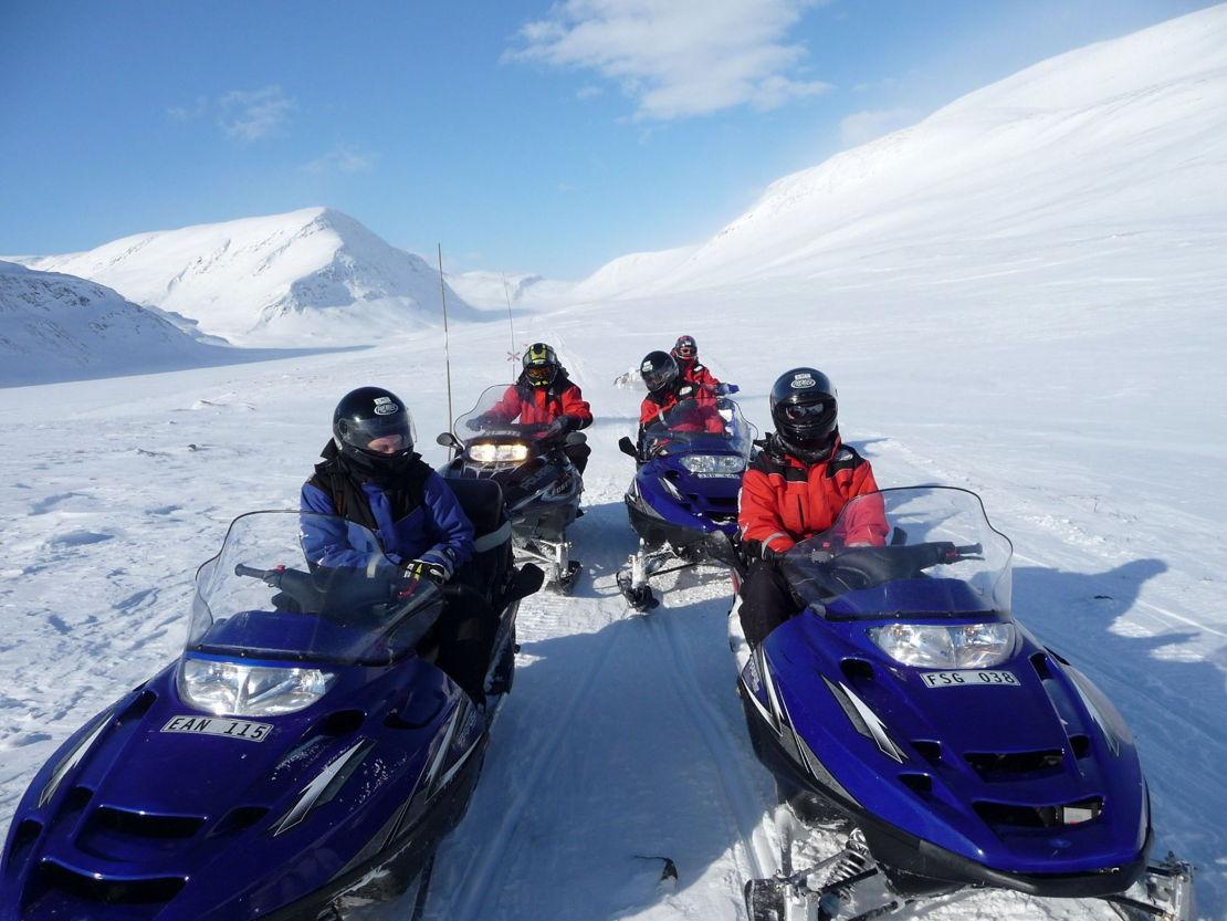 Švédsko sněžné skútry