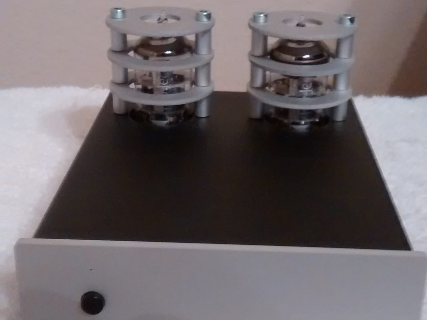 Pro-Ject Project Tube Box S Tube Phono Preamplifier