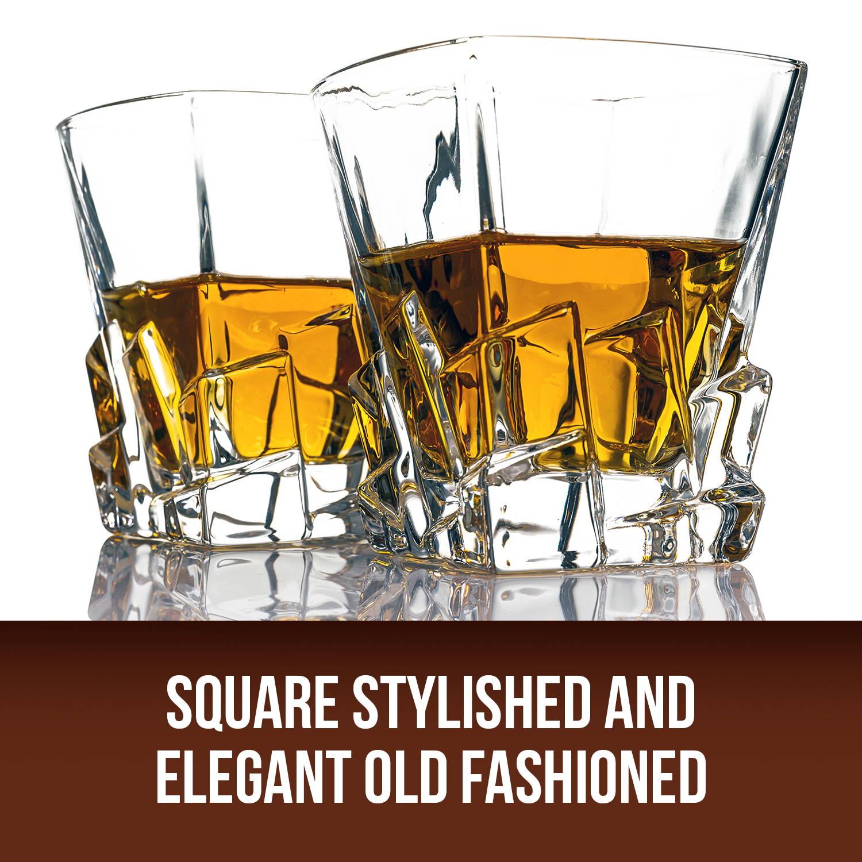 Square Stylished and elegant old fashioned