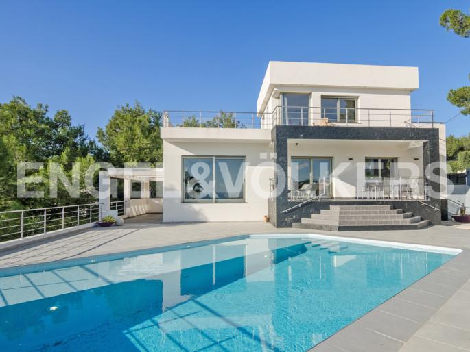 High Quality Luxury Villa with Sea Views in Moraira Costa