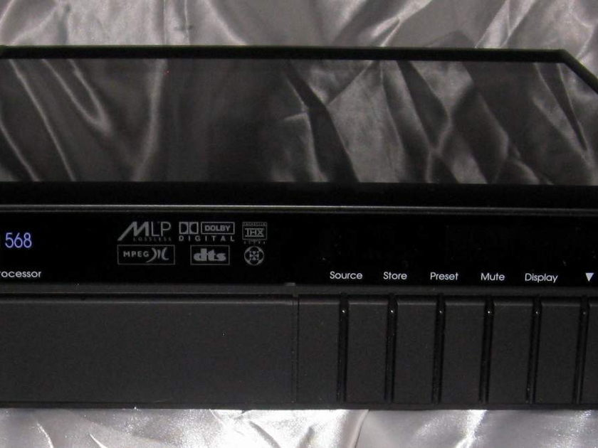 Meridian 568 preamplifier surround processor with remote