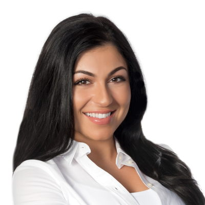 Alexia Alessandra Carosella Courtier immobilier RE/MAX Platine