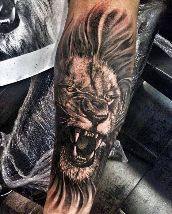 Tatouage Lion Avant Bras