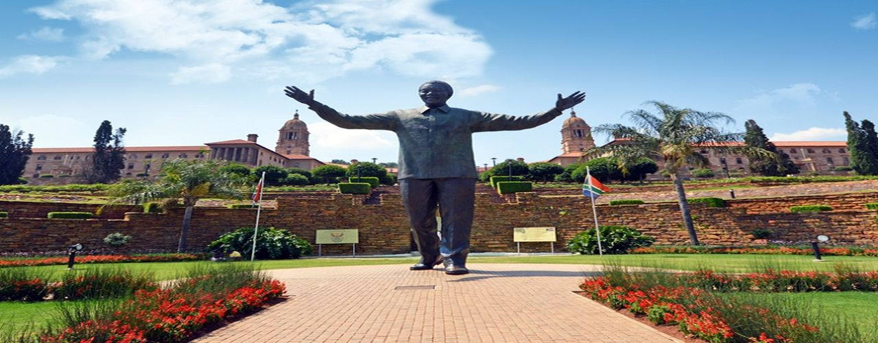 81 - nelson_mandela_statue_union_buildings_pretoria.jpg