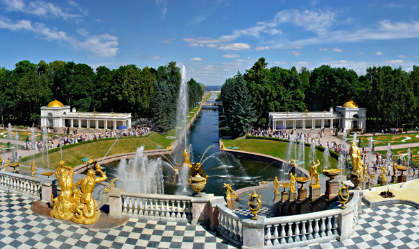 Праздник Открытия фонтанов в Петергофе с посещением Малого Музея